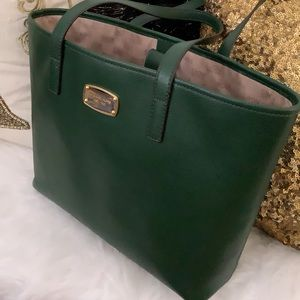 Michael Kors Jet Set Travel Tote Bag - Green